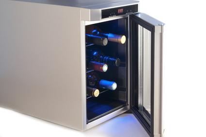 Mini Kühlschrank Für Wein : Weinkühlschrank tests beste weinkühlschränke testit